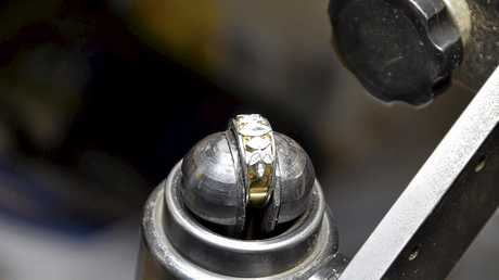 Brian Ward specialises in restoration and creation of bespoke jewellery.