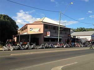 New licensee for one of Mackay's oldest hotels