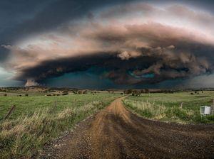 Storm photographer wins Heritage Bank award
