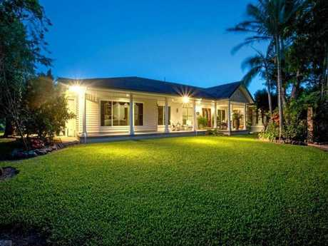 This Cowleys Road, Racecourse home is under contract for $1,100,000.