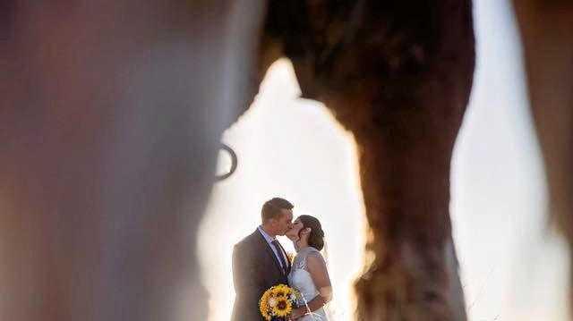 Ashleigh and Joel Kuczynski's unusual wedding photo.