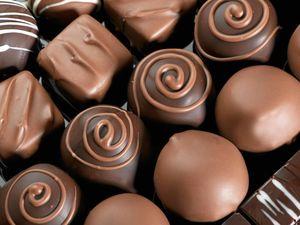 Debate: Is art sexier than chocolate?