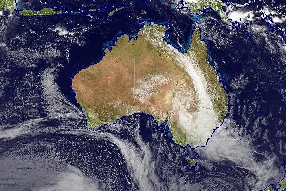 Heavier rains are expected to hit Mackay tomorrow.