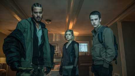 Daniel Zovatto, Jane Levy and Dylan Minnette star in a scene from Don't Breathe.