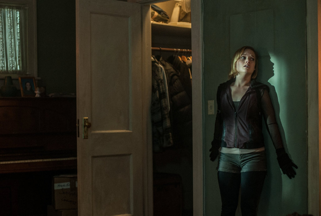 Jane Levy in a scene from the movie Don't Breathe.