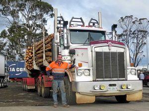 Tassie Truckin' - Dave Turner