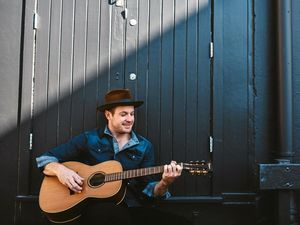 From Bowen Basin mines to a Nashville cafe stage