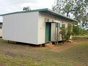 Moranbah business 'bombarded' with calls after offering free cabins