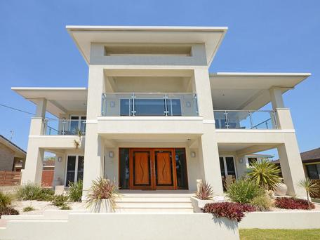 Luxury home for sale at Point Vernon