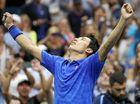 Nishikori holds nerve to shock Murray