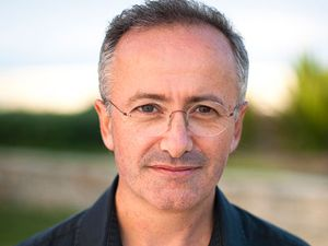 Andrew Denton to undergo heart surgery 'within days'