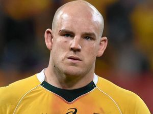 Cheika defends captain Moore over lineout problems