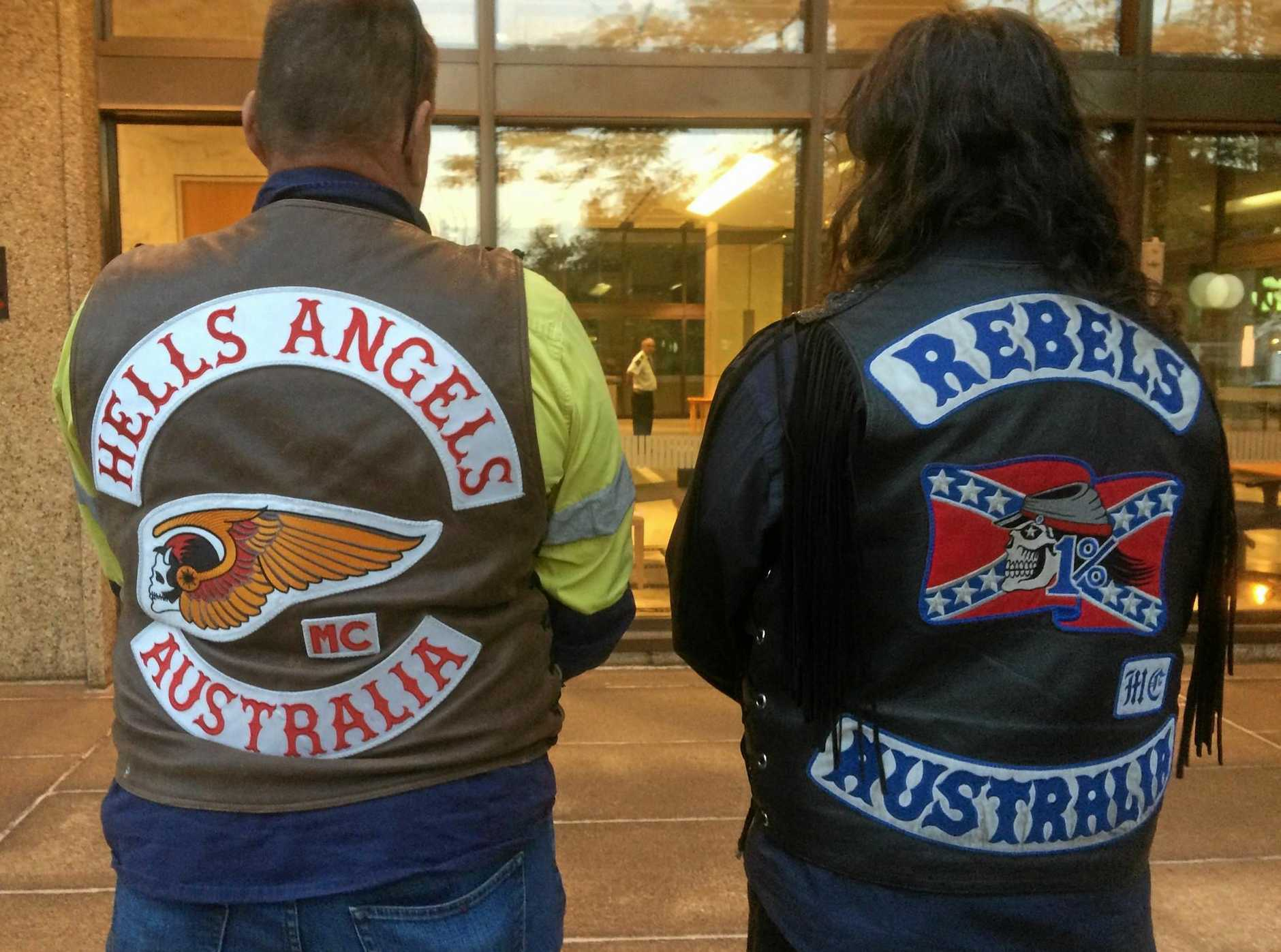 Wearing bikie gang colours in public would be made illegal under the Queensland governnment's proposed laws.