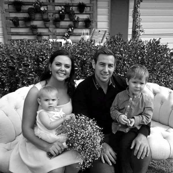 Colleen Cook posted a moving tribute to her husband Grant, alongside this photo of them with their children. Photo: Facebook/Colleen Cook