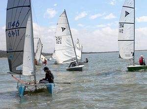 Coaching blows away young sailors
