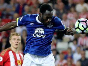 Lukaku hat-trick sinks Sunderland
