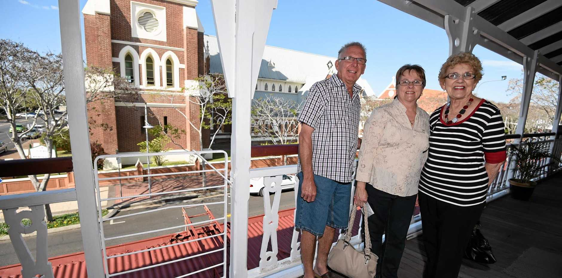 Maryborough Open House - Bells Vue Private Hotel - (L) Ray and Lyn Bottcher and Judy Morris on the verandah of the hotel. Photo: Alistair Brightman / Fraser Coast Chronicle