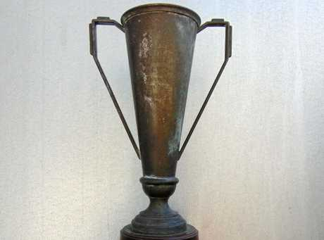 The Sanders Cup was given to Jim Davies, one of the world's greatest motorcycle sidecar races, in 1937.