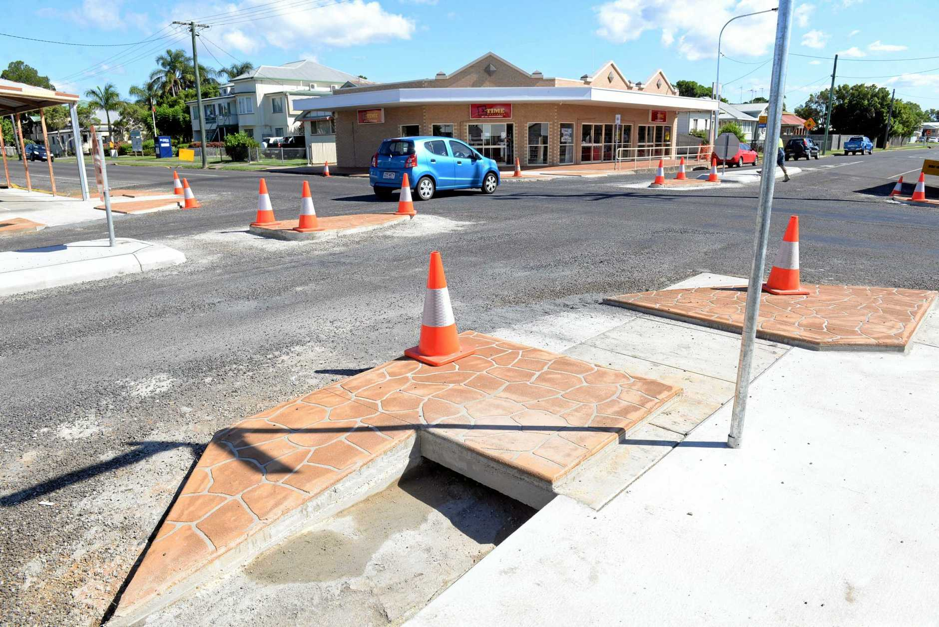 ROADWORKS: Targo and Burnett streets intersection gets an upgrade. Photo: Max Fleet / NewsMail