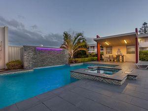 Luxury Toowoomba hotel goes on the market
