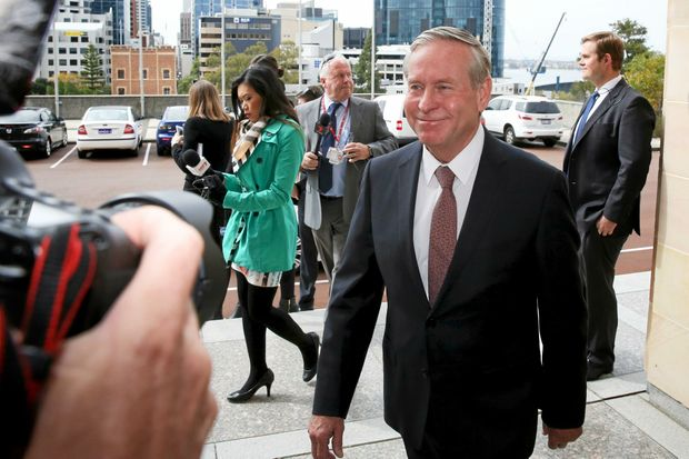 West Australia Premier Colin Barnett arrives at Parliament House, Perth on Tuesday, Sept. 20, 2016. (AAP Image/Richard Wainwright) NO ARCHIVING