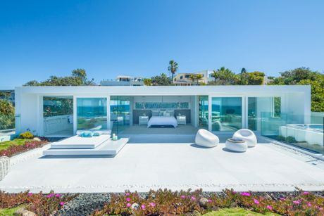 Glen and Deb Watson's Sunshine Beach home Azure will feature on the TV series Unreal Estate.
