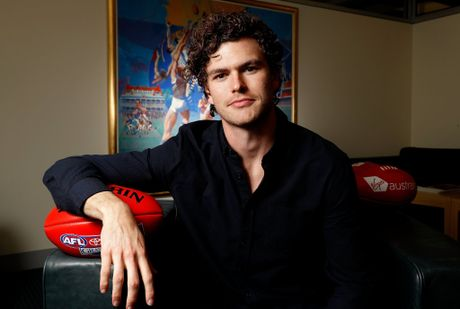 Vance Joy will perform at the 2016 AFL Grand Final.