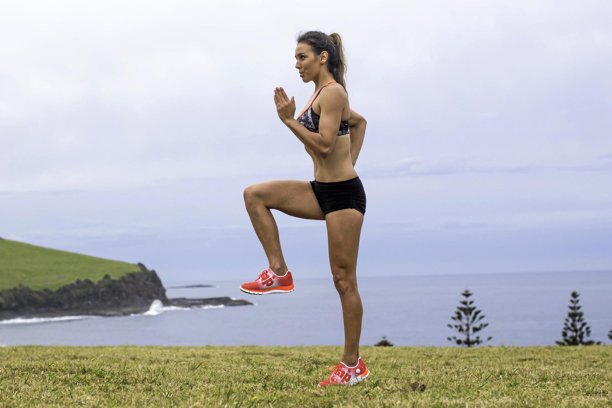 12-WEEK CHALLENGE ONLY, EXERCISE HighKnees02