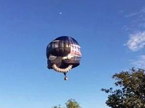 Australian Air Force Balloon spotted in the skies of Mackay