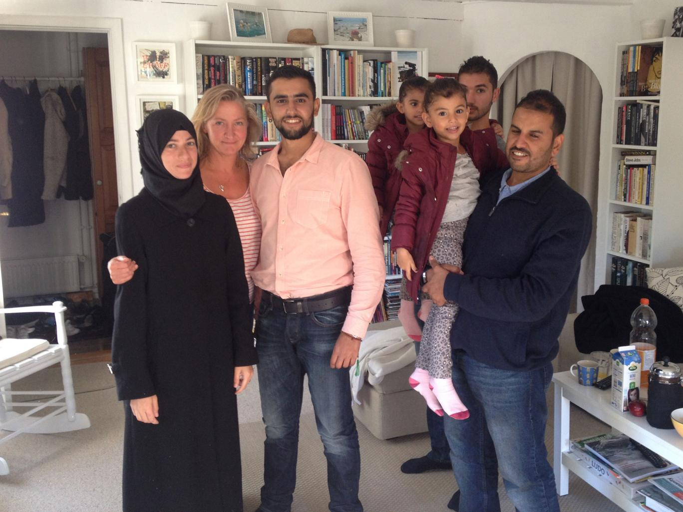 Lisbeth Zornig with the family of Syrian refugees she drove from Rodby to Copenhagen on 7 September 2015 Photo: Lisbeth Zornig