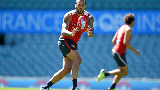 Sydney Swans player Lance Franklin takes part in a open training session and fan day, at the Sydney Cricket Ground, in Sydney, Monday, Sept. 26, 2016. The Sydney Swans will play the Western Bulldogs in the AFL Grand Final at the Melbourne Cricket Ground on Saturday. (AAP Image/Dan Himbrechts) NO ARCHIVING