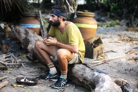 Australian Survivor contestant Nick Iadanza reflects after receiving letters from loved ones.
