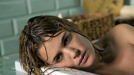 Julieta is an adaptation of three inter-related short stories by Alice Munro.