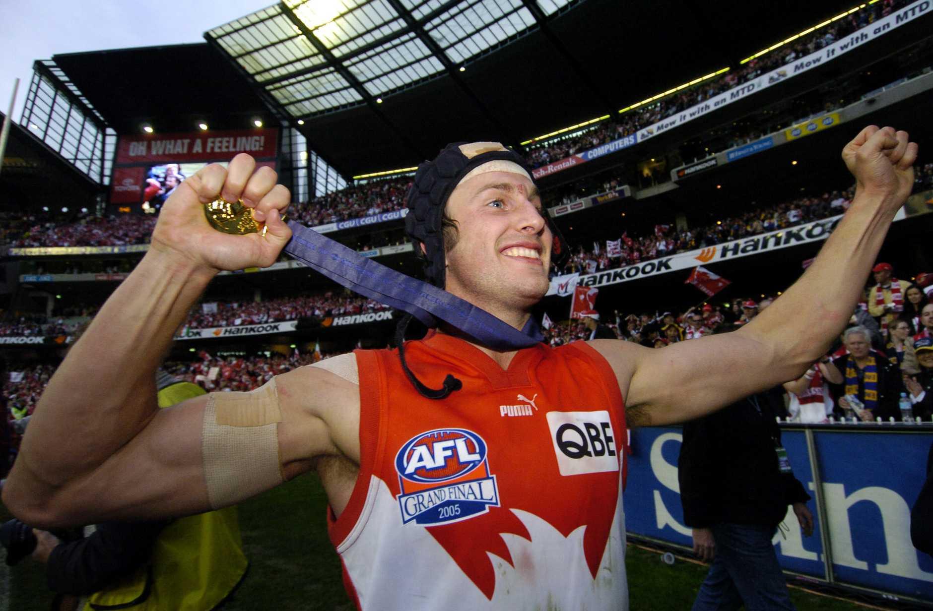 Jude Bolton celebrates Sydney's success in 2005.