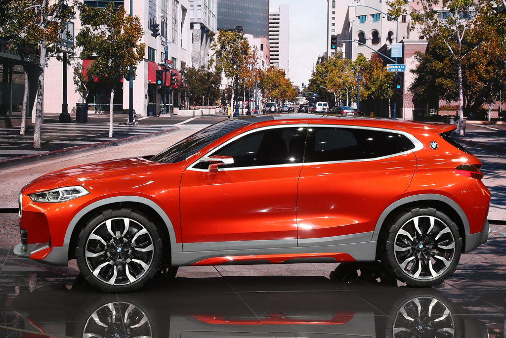 BMW X2 also shown at Paris