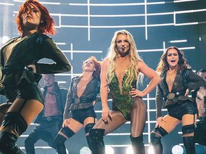 Britney Spears smoked cannabis as a teenager