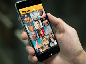 Teacher sent naked pics to student, flirted on Grindr