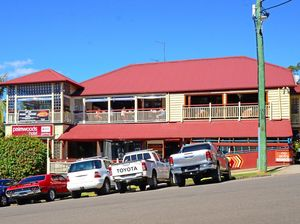 Palmwoods Hotel has the blues back