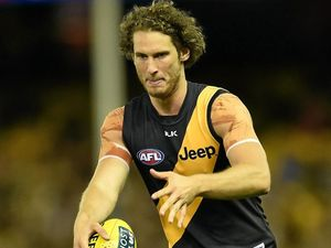 Vickery set for move to Hawks