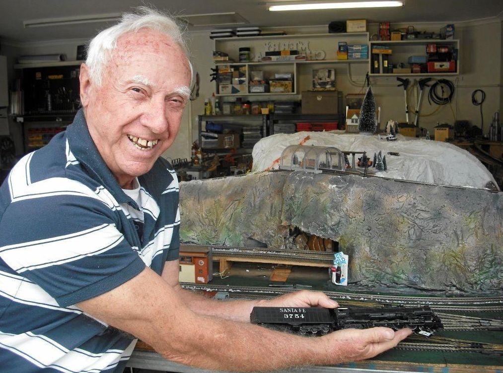 Ken Saunders with his model railway in Tewantin.