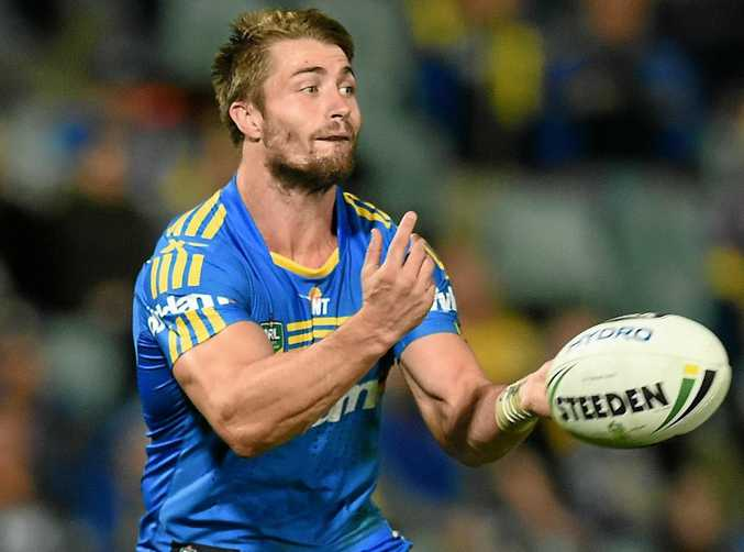 Former Parramatta playmaker Kieran Foran has signed with the Warriors for next season.