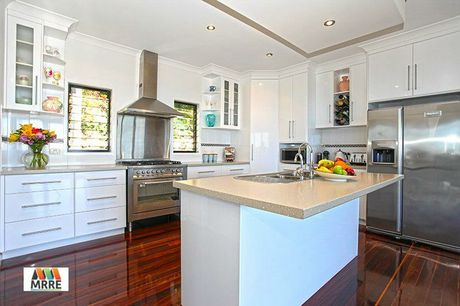 The kitchen of the property at 3/76 Lynette Drive, Nindaroo.