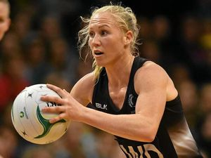 Silver Ferns shock Diamonds to level series