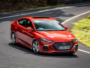 Not granny's Elantra: Hyundai Elantra SR Turbo road test