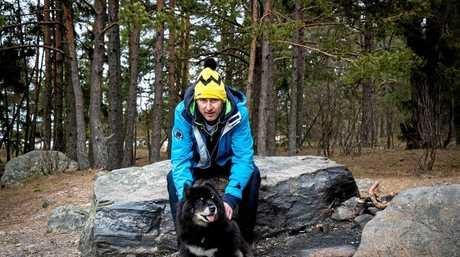 Mark Jeffreys with Osa the Finnish Lapphund.