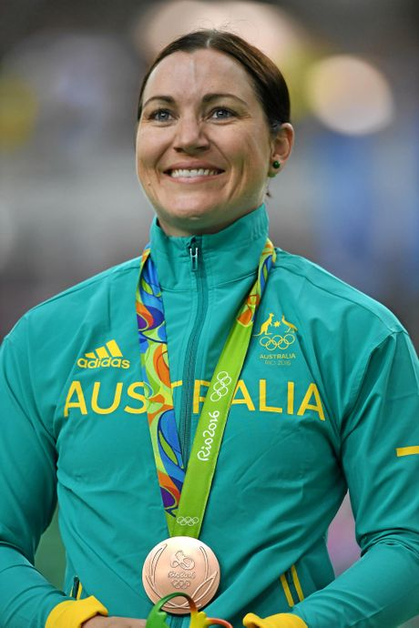 Australia's Anna Meares looks on after being presented with the bronze medal after placing third in the final of the Women's Keirin at the Rio Olympic Velodrome, on day eight of the Rio 2016 Olympic Games in Rio deJaneiro, Brazil, Saturday, Aug.13, 2016 (AAP Image/Dave Hunt) NO ARCHIVING, EDITORIAL USE ONLY
