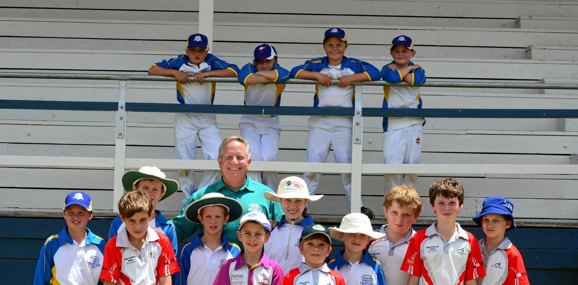 Ian Healy took time out to chat with junior Murgon and Kingaroy cricketers on Saturday.