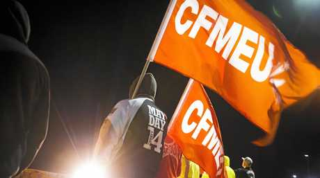 CFMEU members protesting over conditions on Bechtel's Curtis Island projects. 