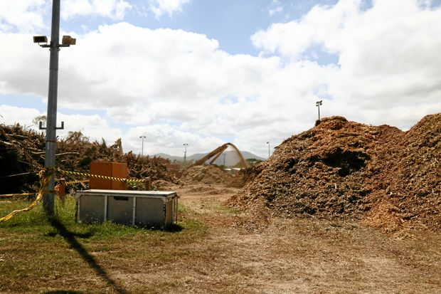 Piles of mulch to be collected by residents for their gardens from the Rockhampton Showgrounds.