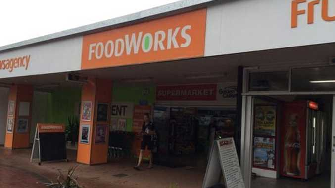 Foodworks closed after early morning oil cooker fire